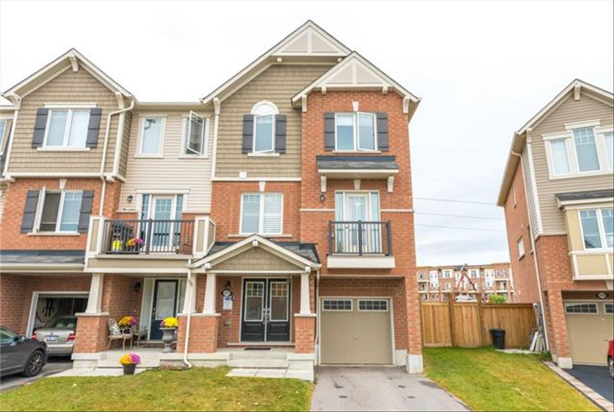 2418 Bronzedale St Pickering Maxx And Afi Team